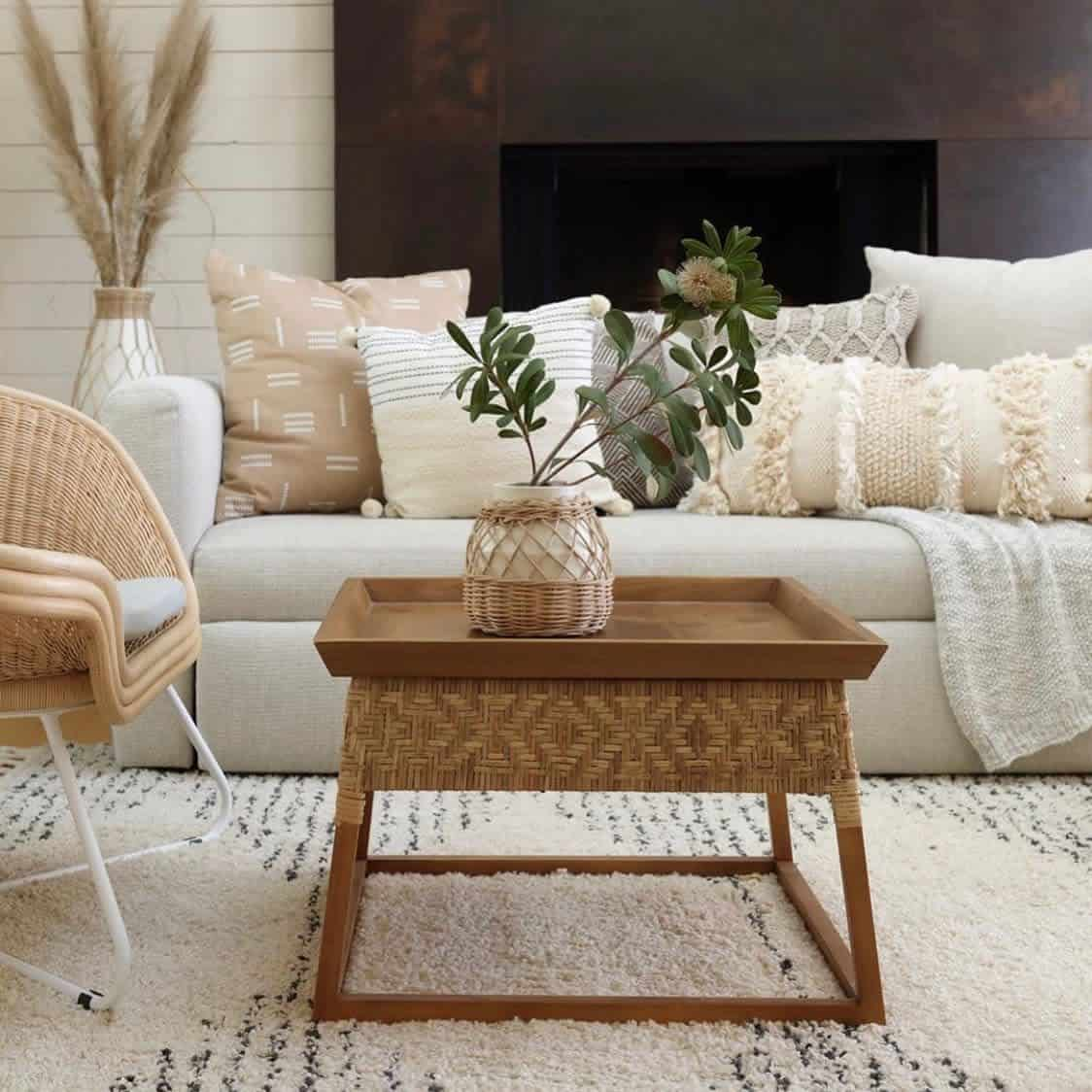 Rugs Pillows And Blankets Farmhouse Living Room Ideas Gershwinandgertie