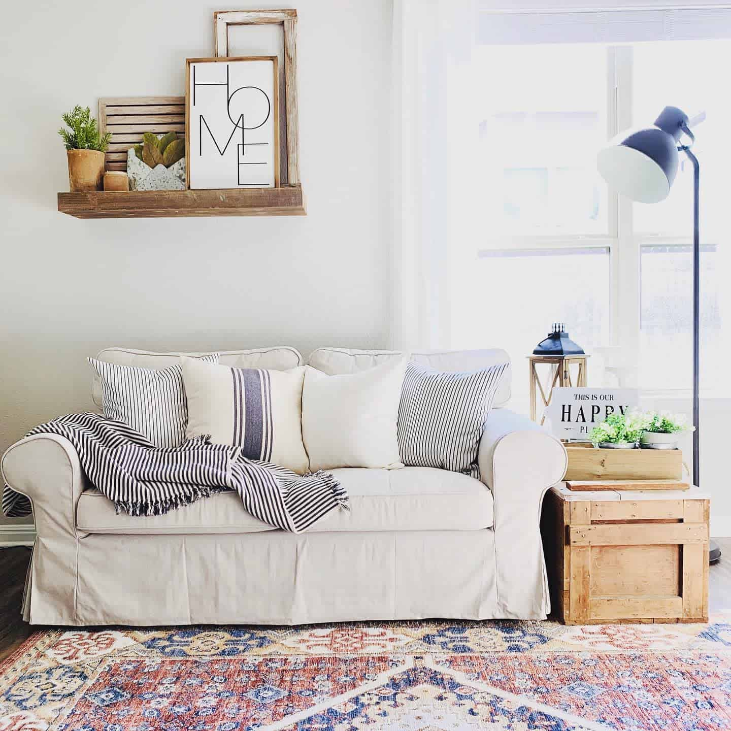 Rugs Pillows And Blankets Farmhouse Living Room Ideas Swiftcohome