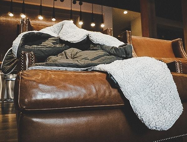 Rumpl Puffy Sherpa Charcoal Blanket Reviews