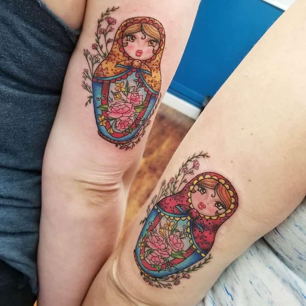 russian-doll-sister-tattoo-arynfoxart