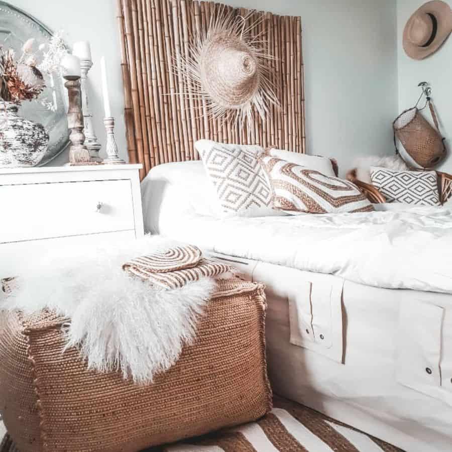 rustic and natural decor for boho bedroom ideas boheemimieli