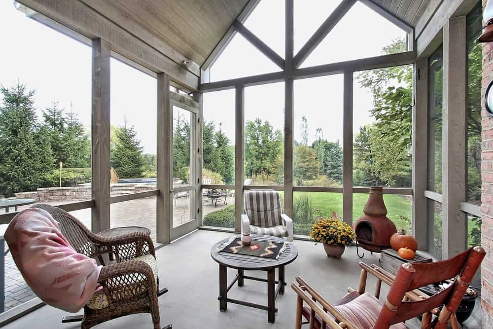 rustic enclosed patio ideas 4