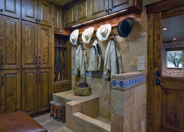 Rustic Interior Ideas Home Hunting Dog Wash Station
