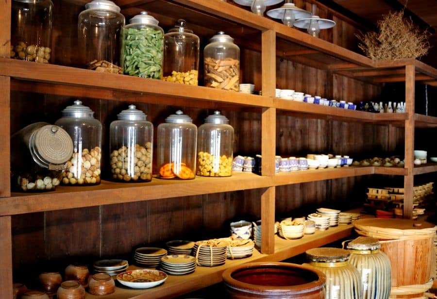 Rustic Pantry Shelving Ideas
