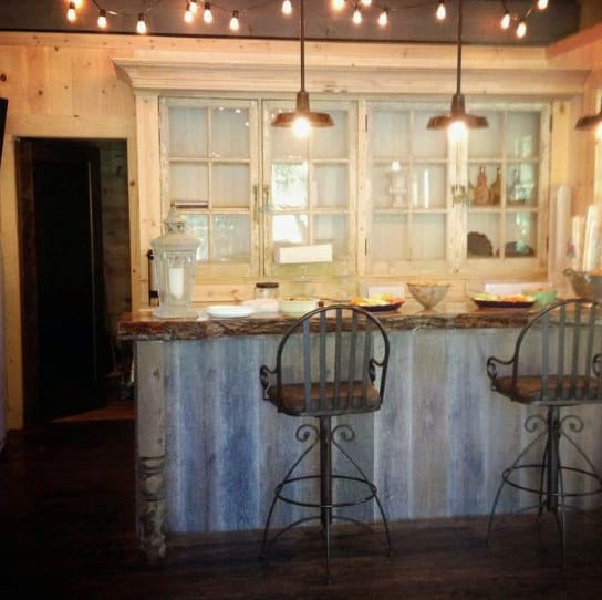Rustic Vintage Bar Shed Design Ideas