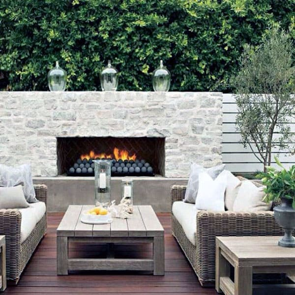 Rustic White Stone Outdoor Fireplace Patio Lounge