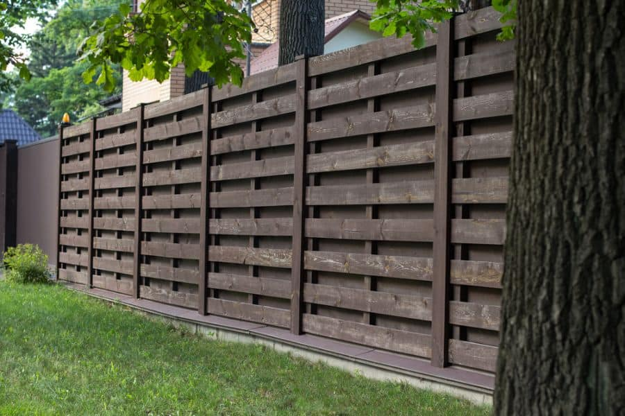 Rustic Wood Fence Ideas (2)