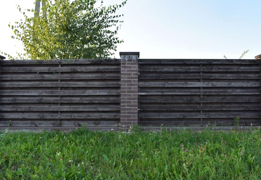 Rustic Wood Fence Ideas (7)