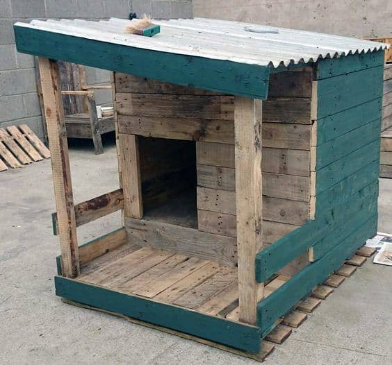 Rustic Wood Salvage Dog House Ideas