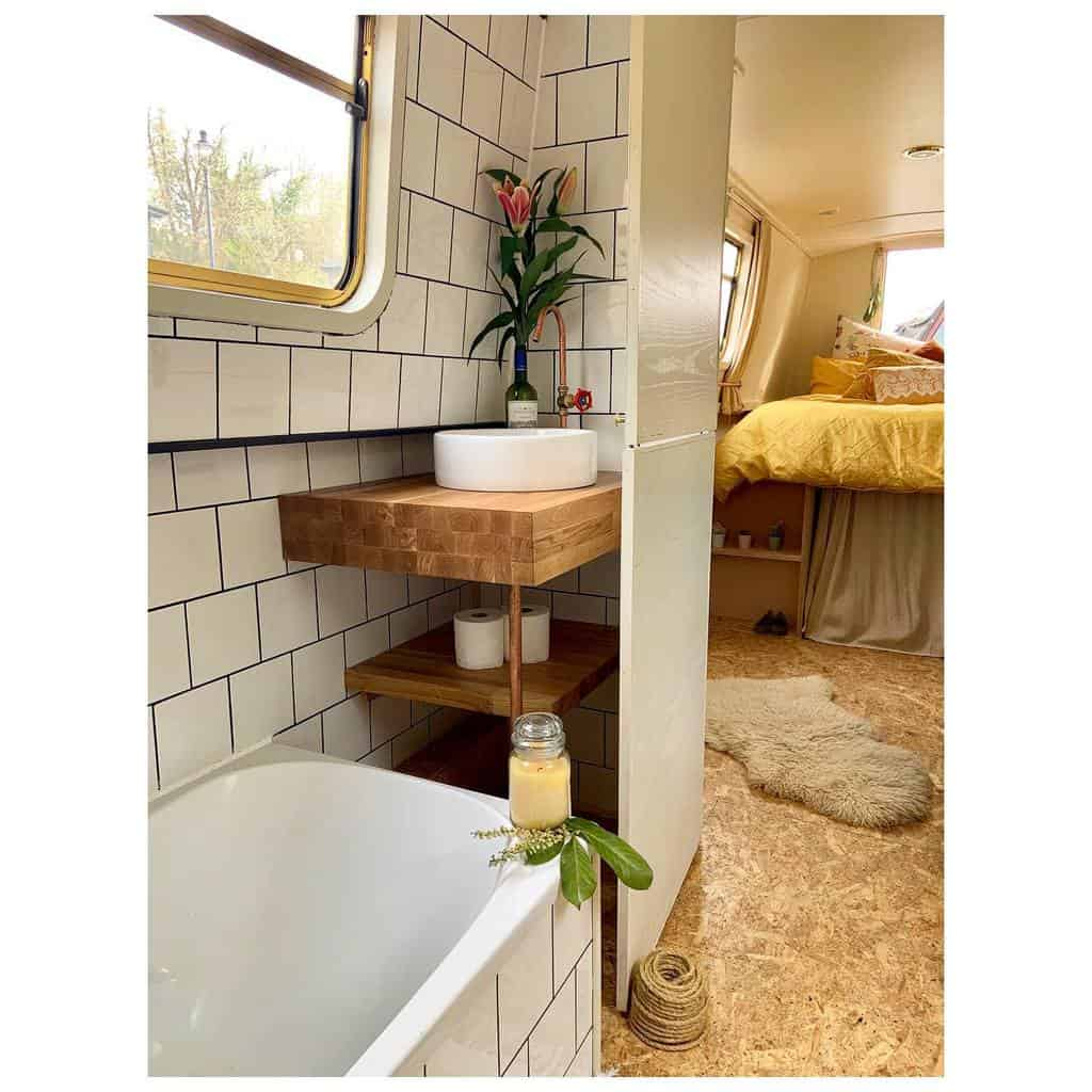 Rv Yatch Tiny House Bathroom Small Bathroom Ideas Boatandbaby