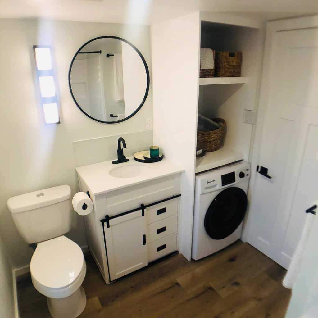 Rv Yatch Tiny House Bathroom Small Bathroom Ideas Lifescapebuilders
