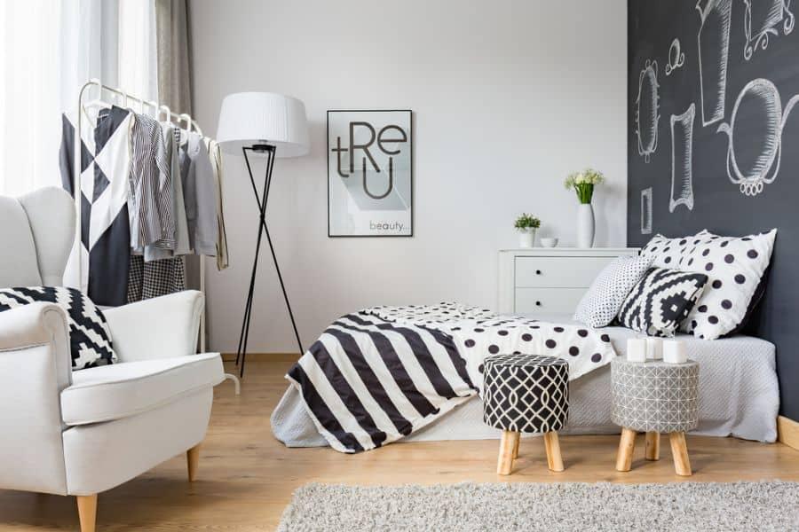 scandinavian black and white bedroom ideas 1