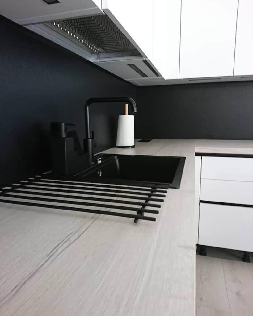 Scandinavian Black And White Kitchen Mariapeltomaki