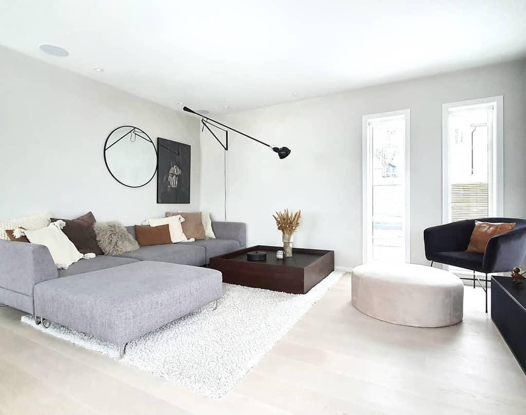 Scandinavian Minimalist Living Room 2 Siljecathmoran