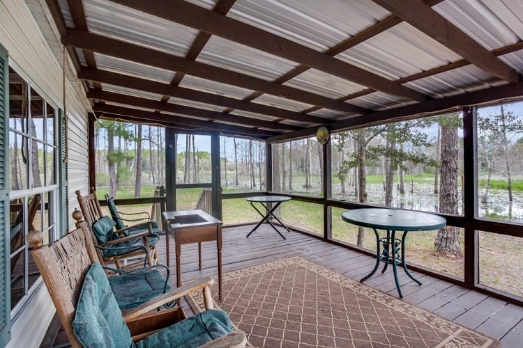 Screened In Porch With Relaxing View
