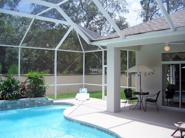 Screened In Porch With Swimming Pool