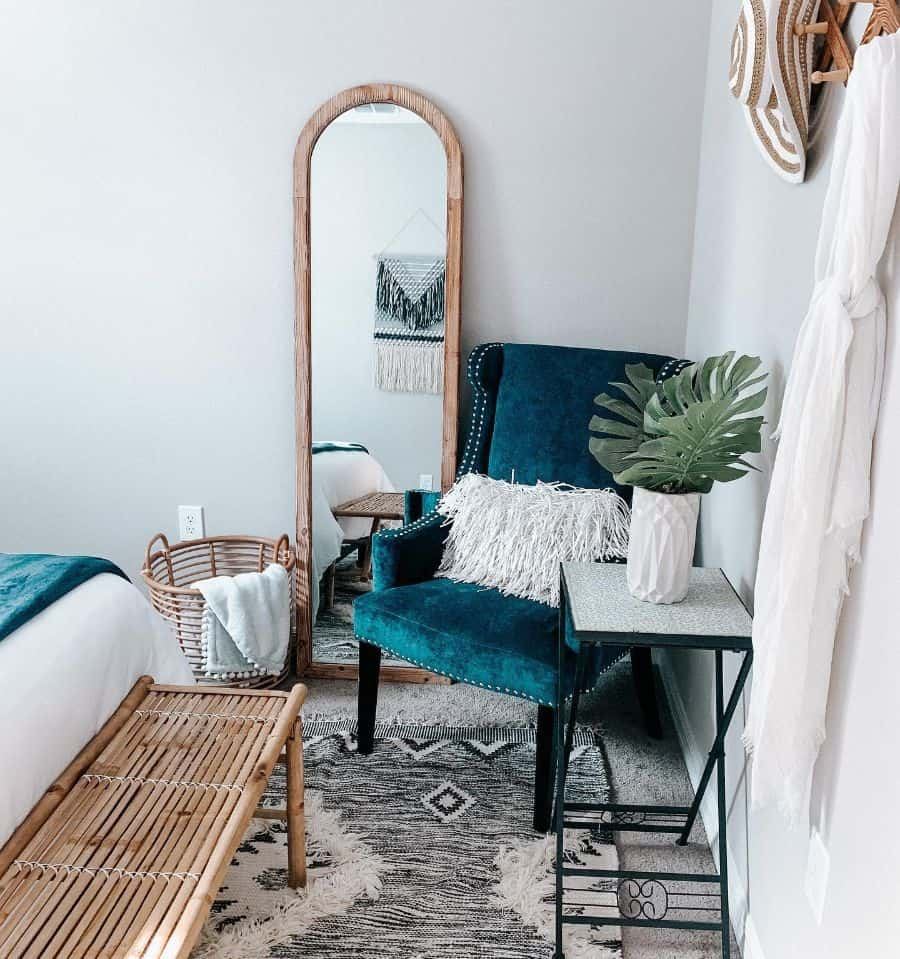 Seating Area Guest Bedroom Ideas Hustlin.housewife