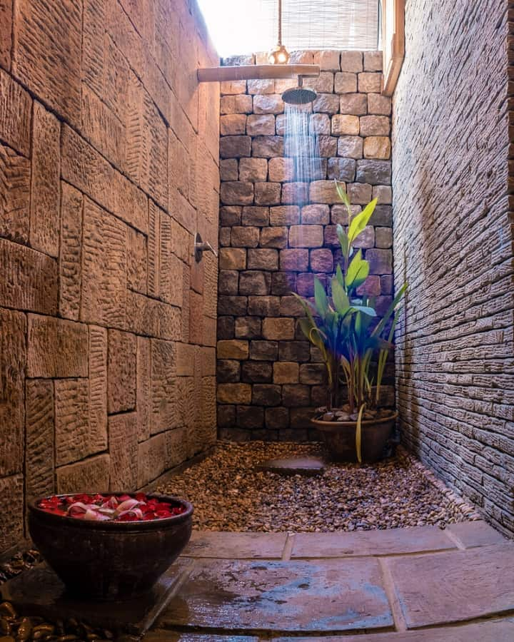 Outdoor Showers Designs