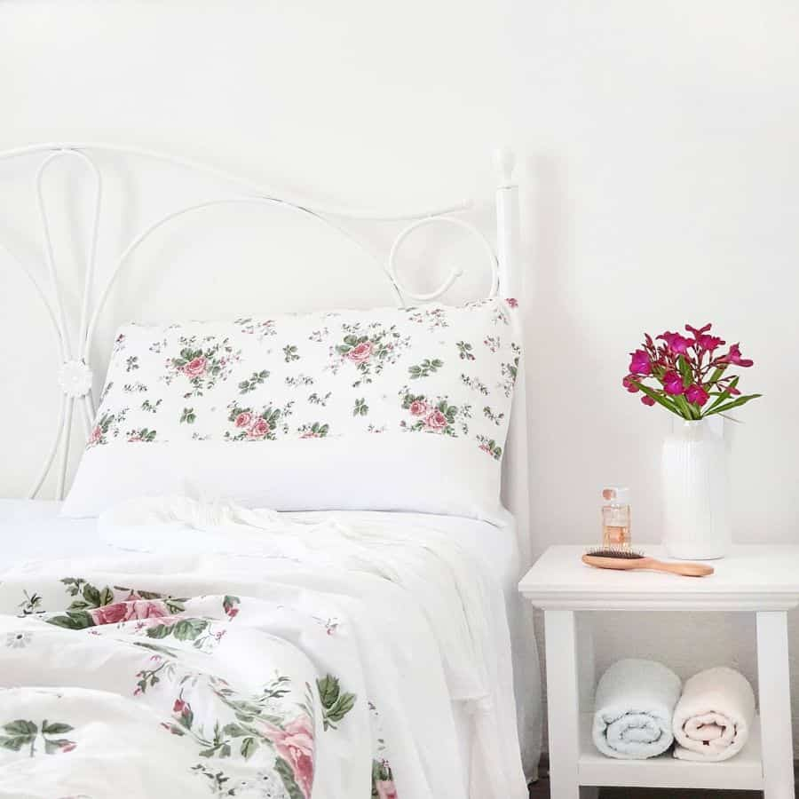 shabby chic vintage bedroom ideas 2 my_perfect_places_