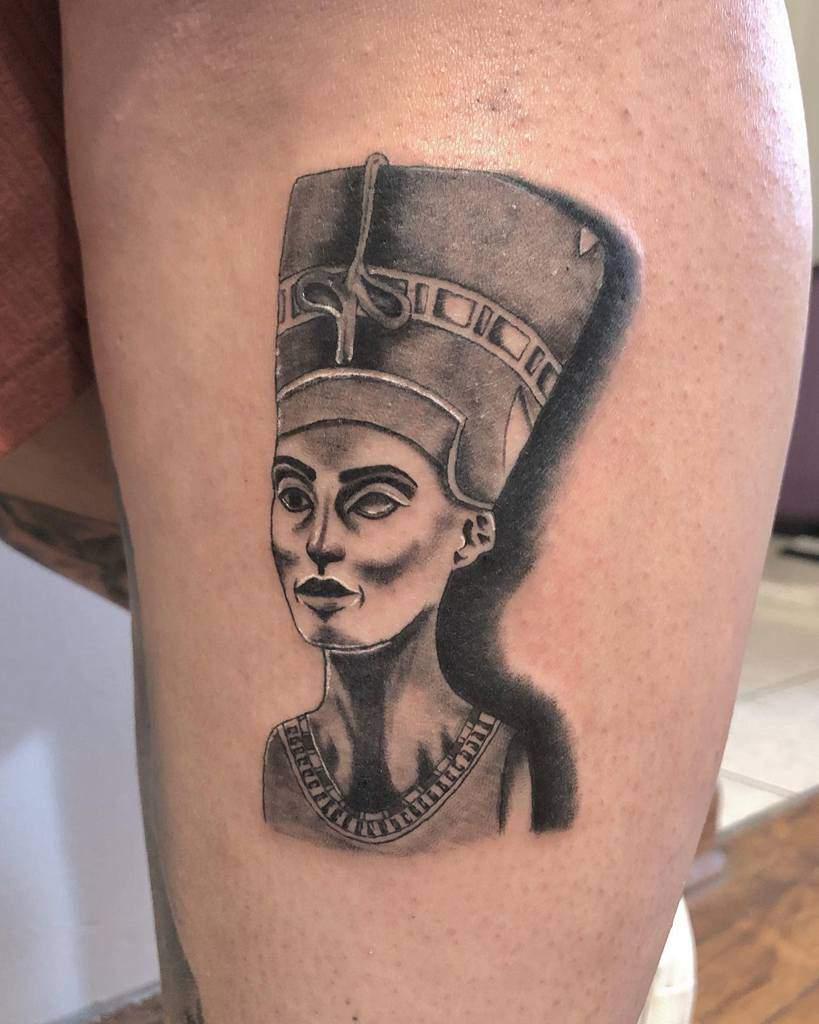 Shaded Nefertiti Tattoos Claris.tattoo
