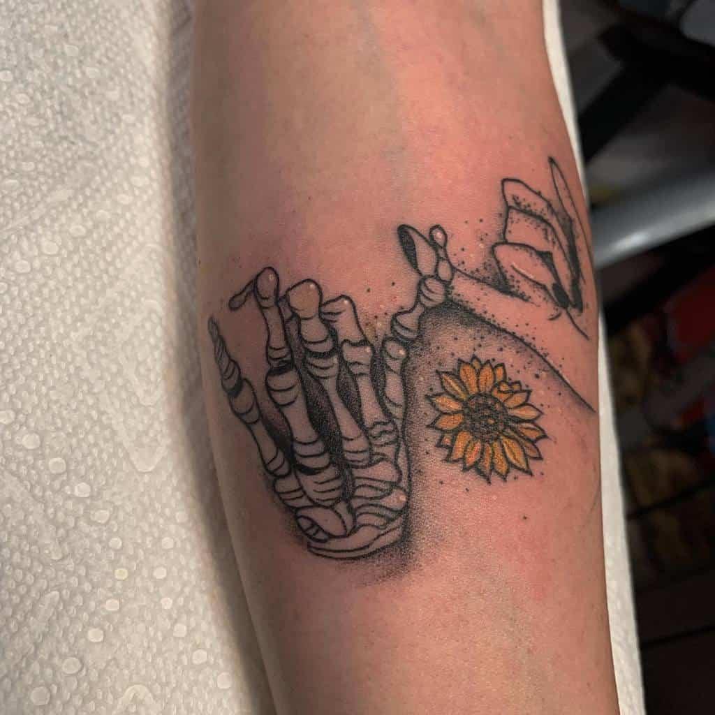 Shaded Pinky Promise Tattoos Mara.brito