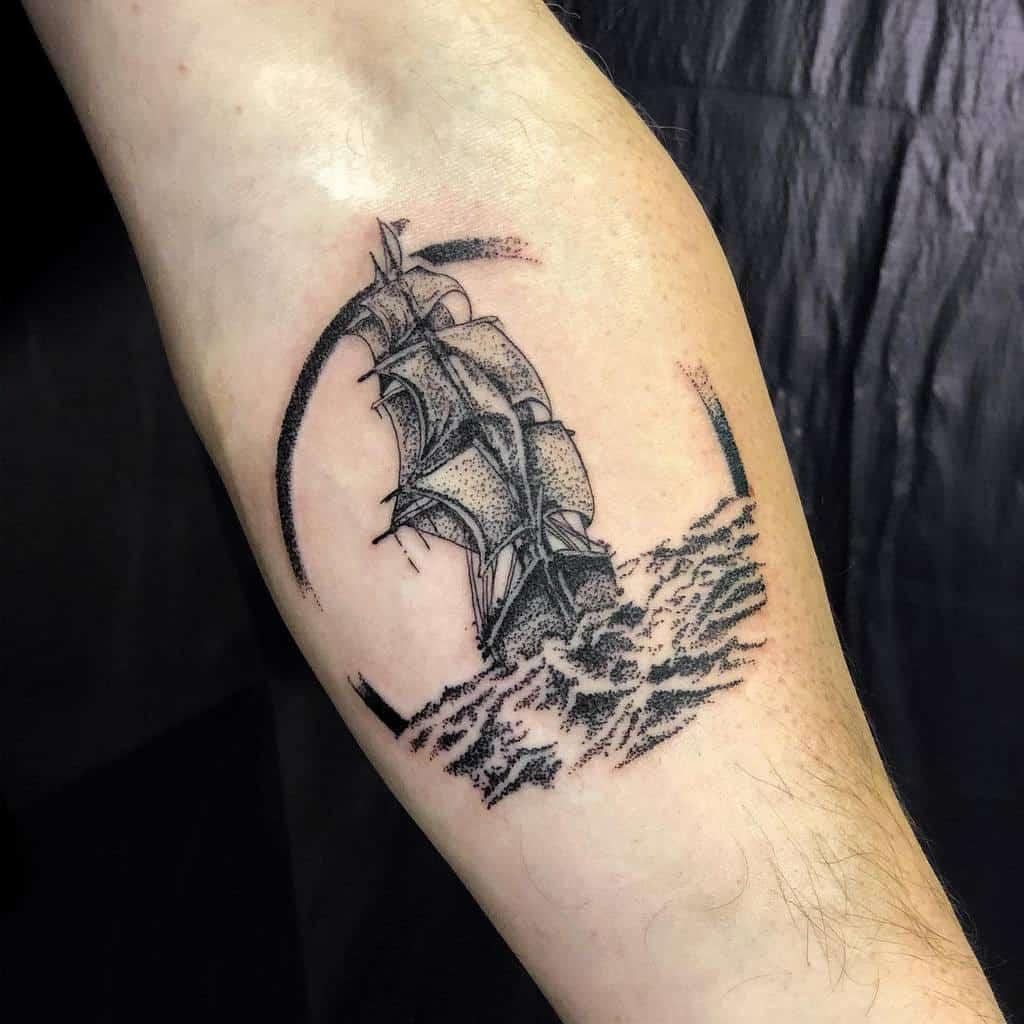ship-sea-graphic-dot-work-ocean-tattoo-artem_tich