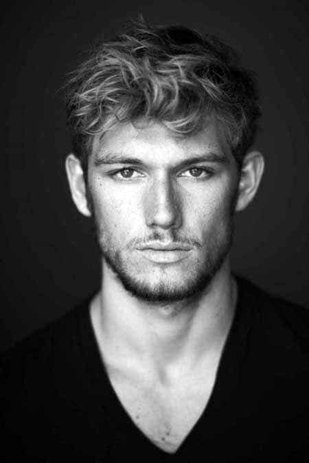 Short Curly Hair Styles For Men