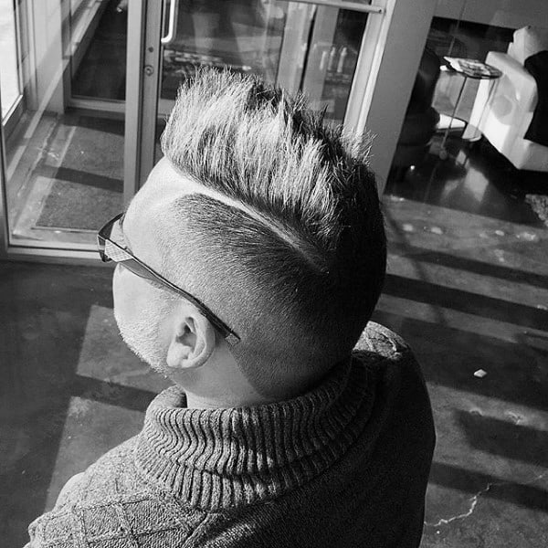 Short Faux Hawk Fade Hair For Men