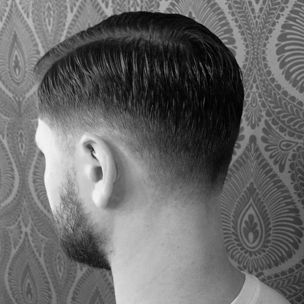 Short Length Low Fade Hair For Guys