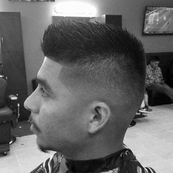 Short Length Mens Taper Fade Haircut