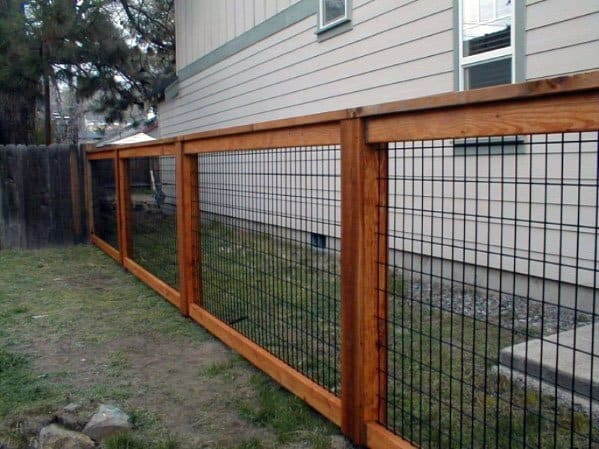 Side Of Yard Dog Fence Idea Inspiration
