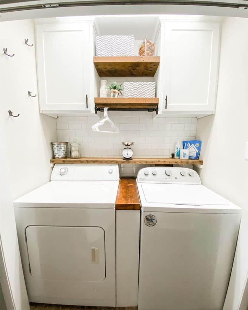 sidebyside laundry closet ideas jcsignaturedesigns