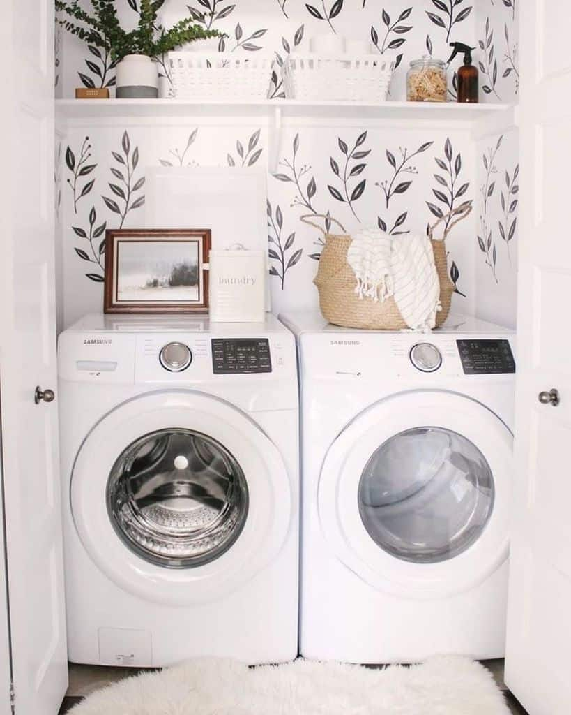 sidebyside laundry closet ideas marlajanzenrealtor