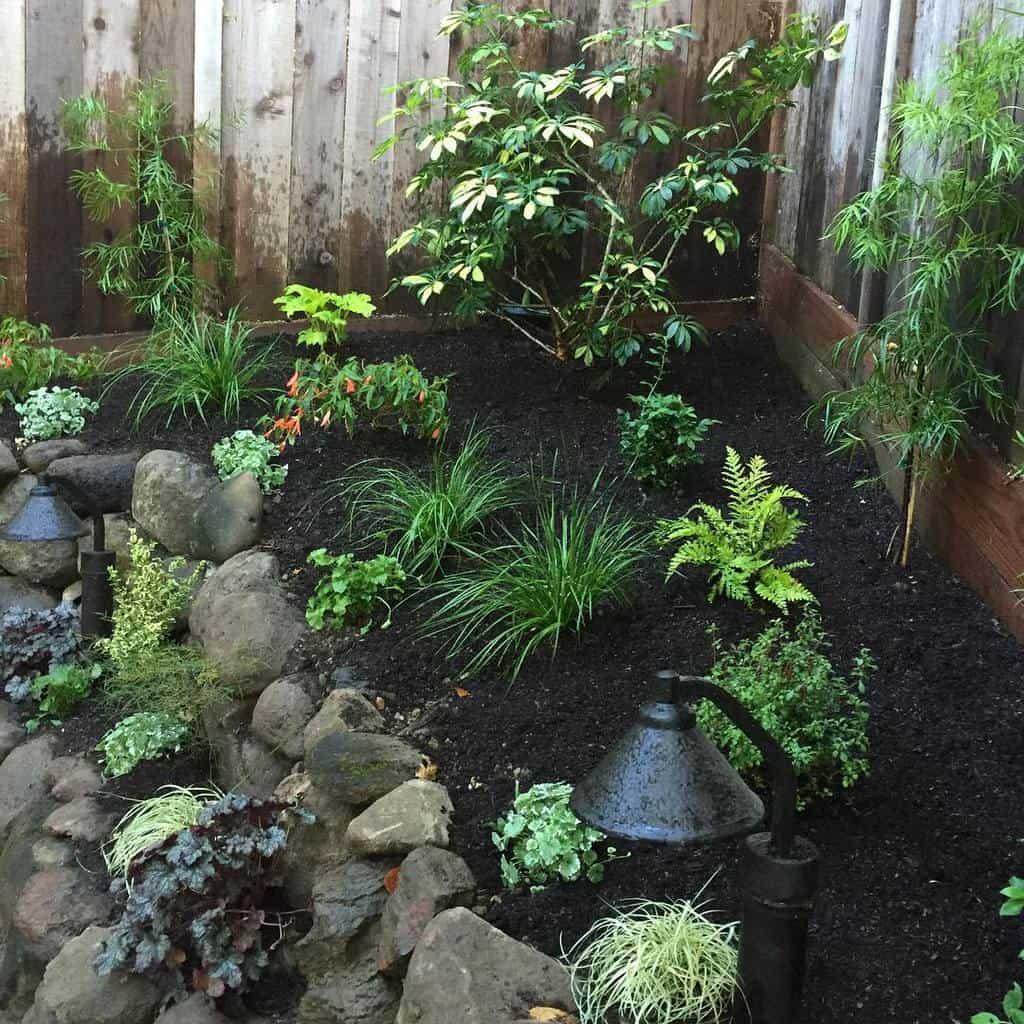 sideyard shade garden ideas grass_roots_landscaping