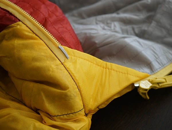 Sierra Designs Nitro 800 20 Degree Sleeping Bag Corner Durable Stiching Detail
