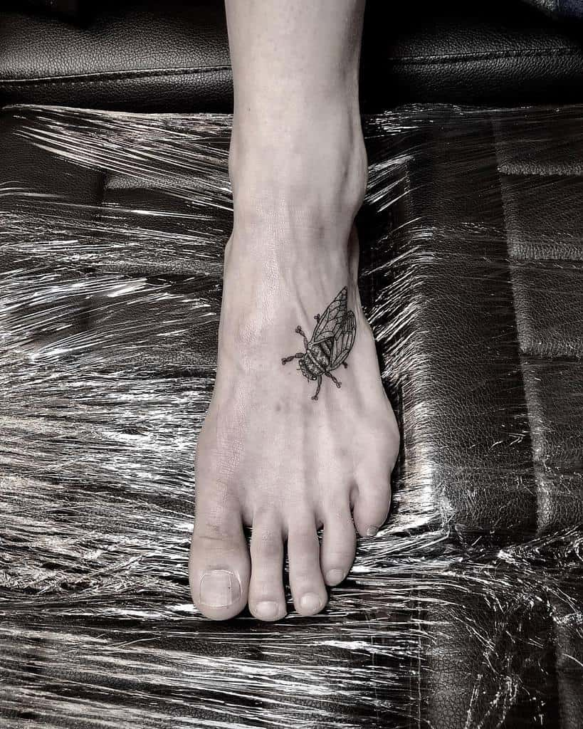 simple Cicada Tattoos funbumps