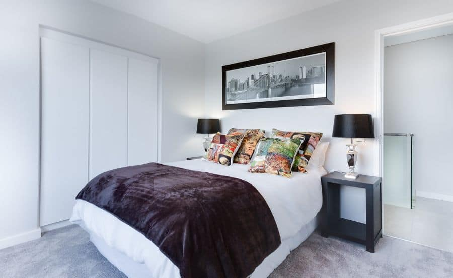 simple black and white bedroom ideas 1