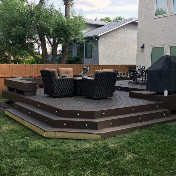 Simple Deck Bench Backyard Design