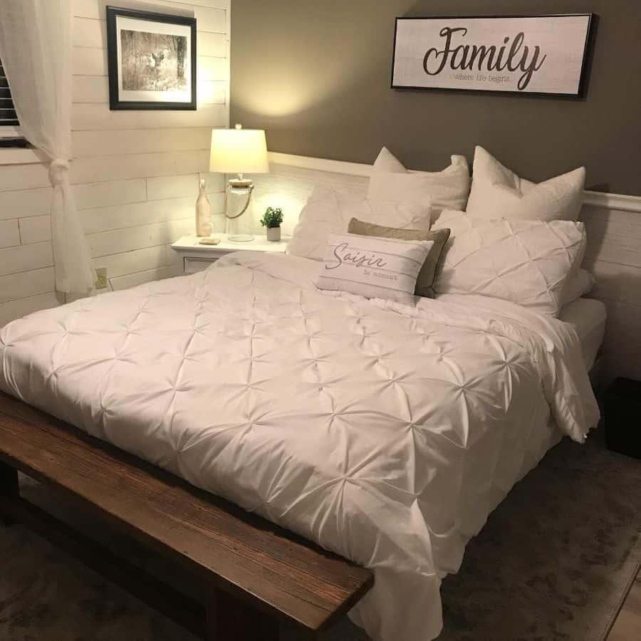 simple farmhouse bedroom ideas longview_girl