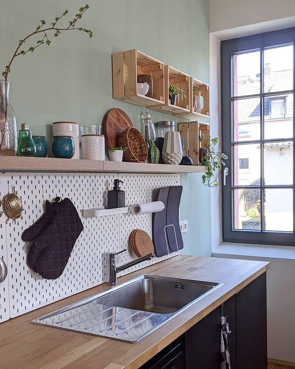 Simple Functional Kitchen Pegboard Ideas Loftundliebe