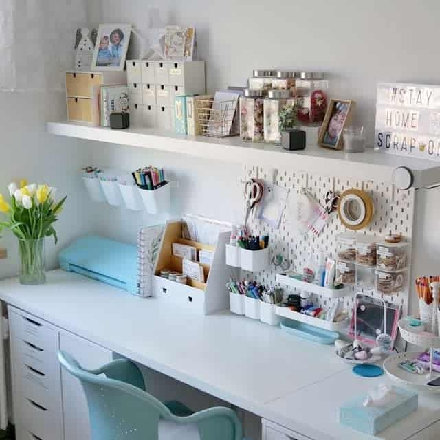 Simple Girly Craft Room