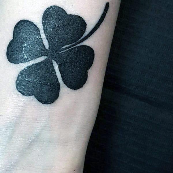 Simple Guys 4 Leaf Clover Tattoo Ideas On Wrist