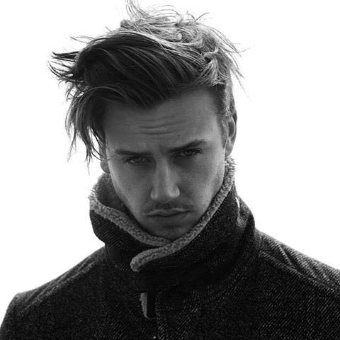 Simple Hairstyles For Medium Long Mens Hair