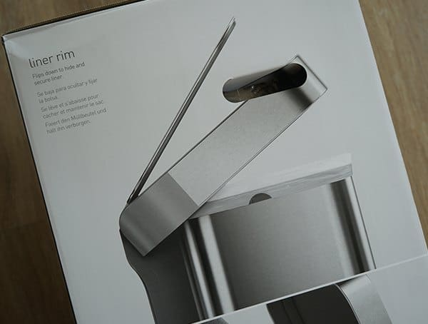 simplehuman 58 Liter Rectangular Trash Can Linear Lid Details