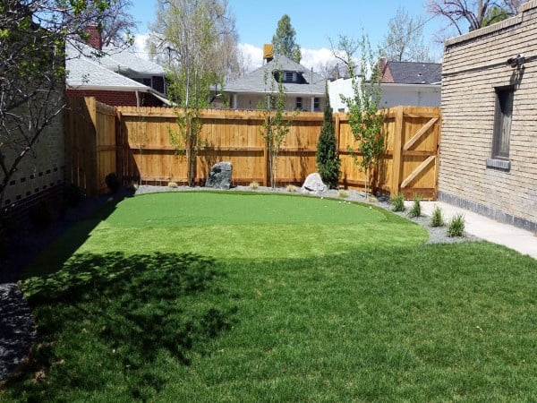 Simple Inexpensive Cool Backyard Ideas With Putting Green