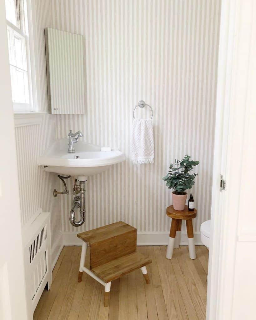 Simple Interior Powder Room Ideas Meadowsmithhouse