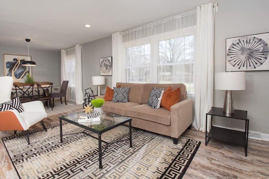 Simple Living Room Interior Tntstaging