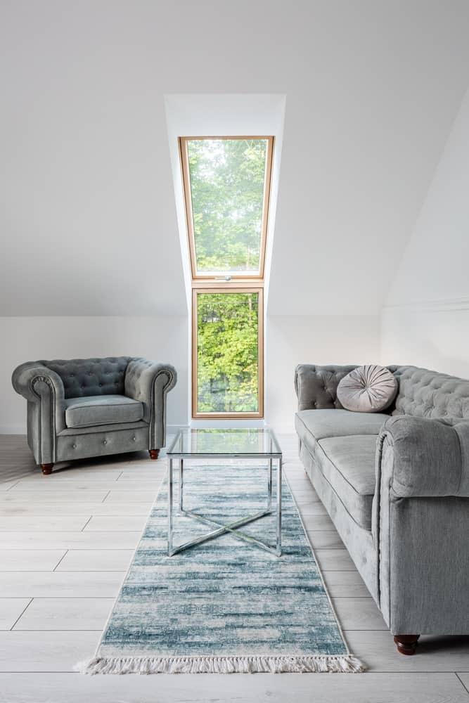 Simple Minimalist Living Room 4