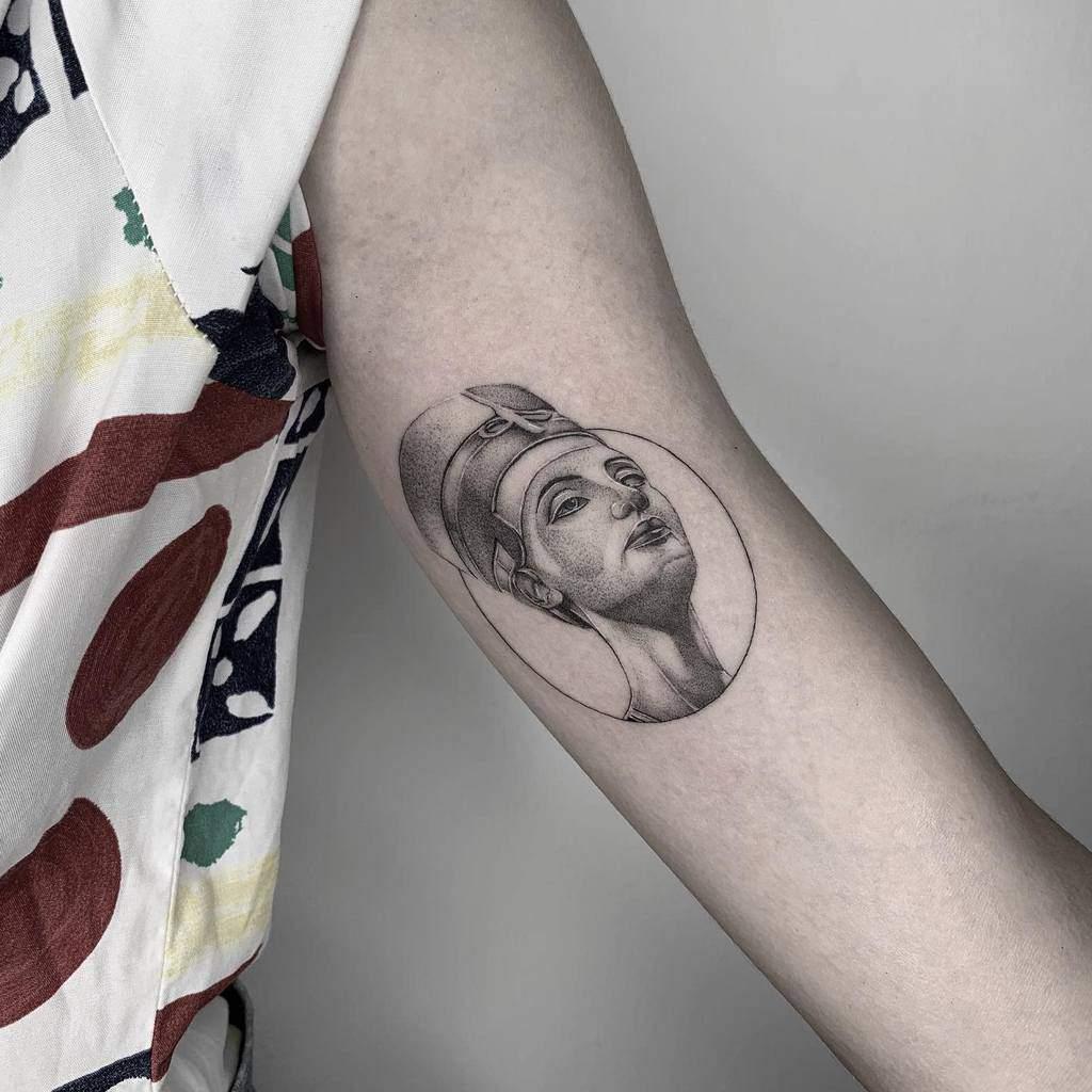 Simple Nefertiti Tattoos Jayink2017