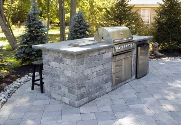 Simple Paver Stones Built In Grill Backyard Ideas